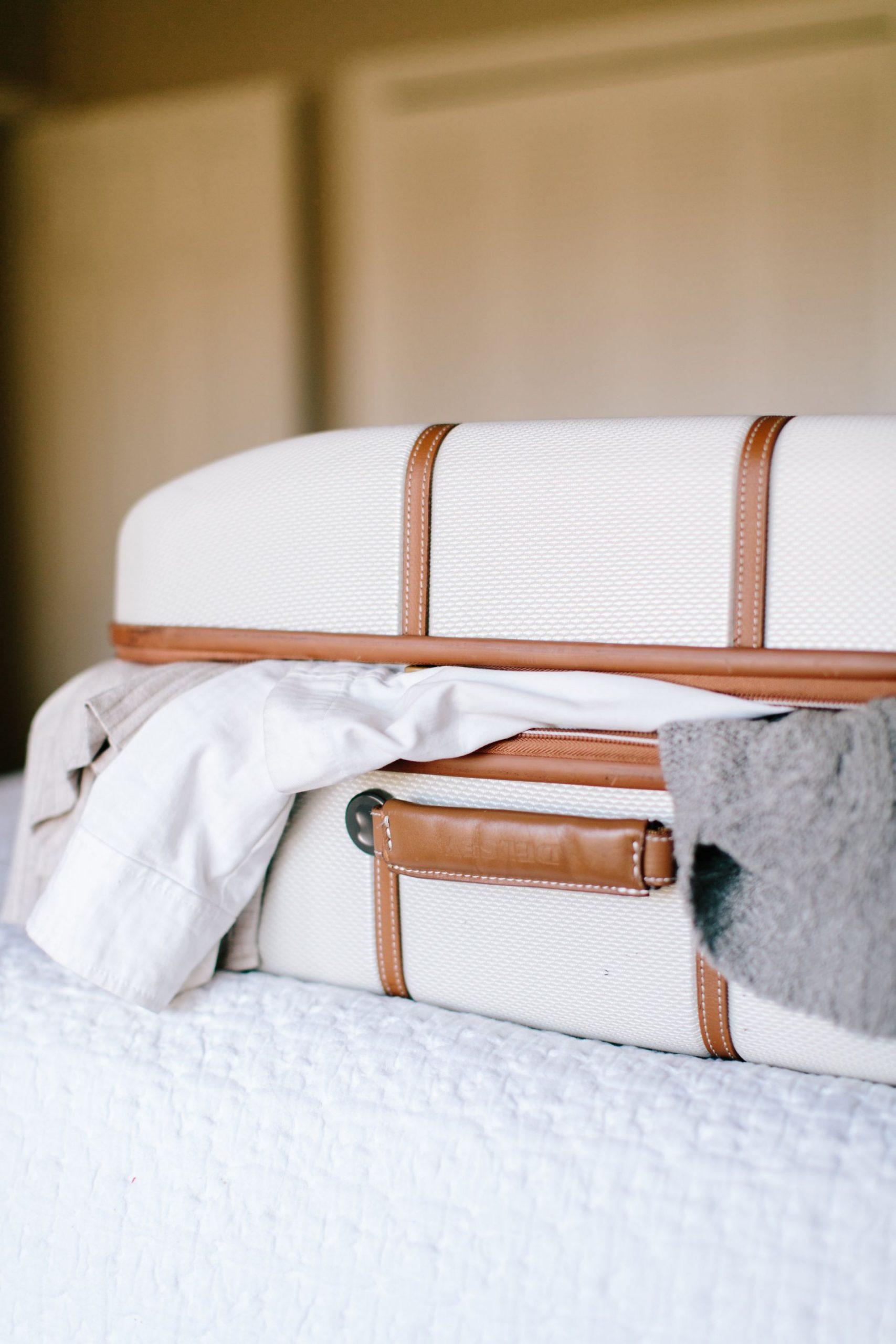 11 Hospital Bag Essentials for Expecting Moms